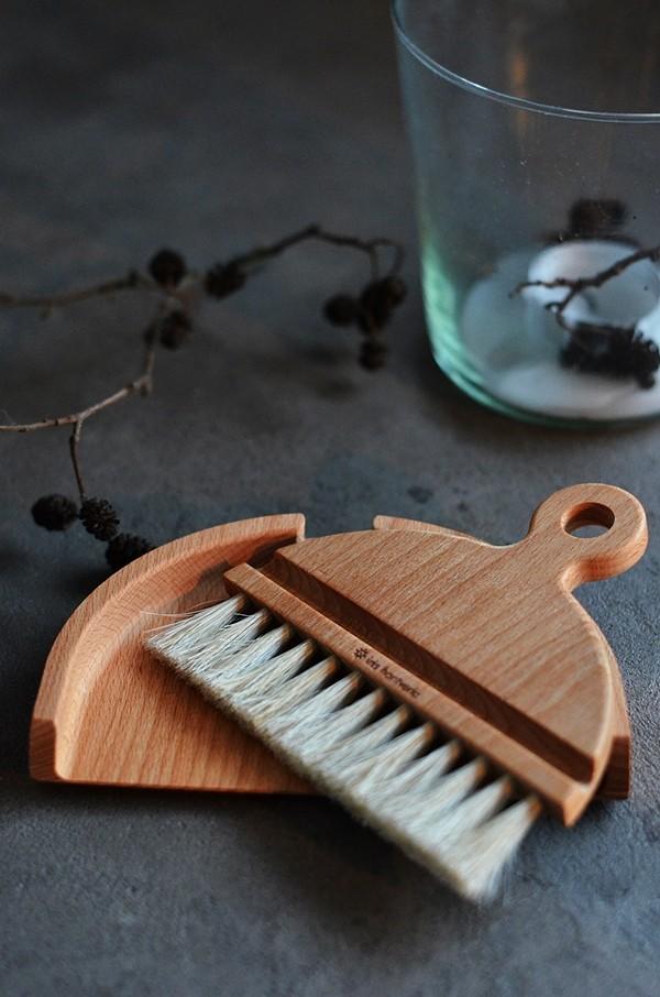 Tischhandfeger Set aus Holz