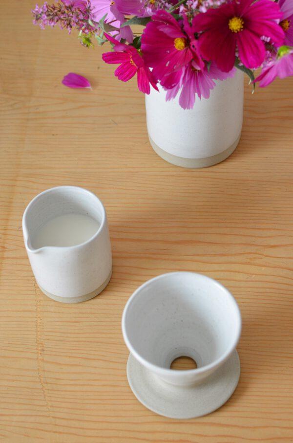 Milchkännchen Keffeefilter weiße Keramik