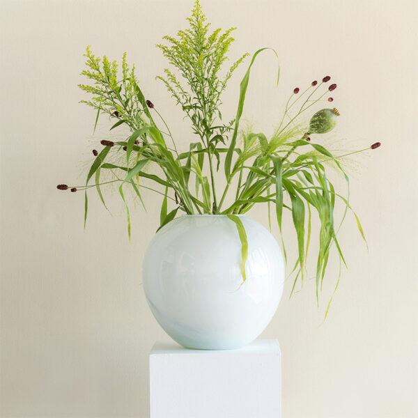 weiße Vase recyceltes Glas